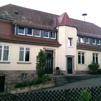 Alte-Schule-aussen